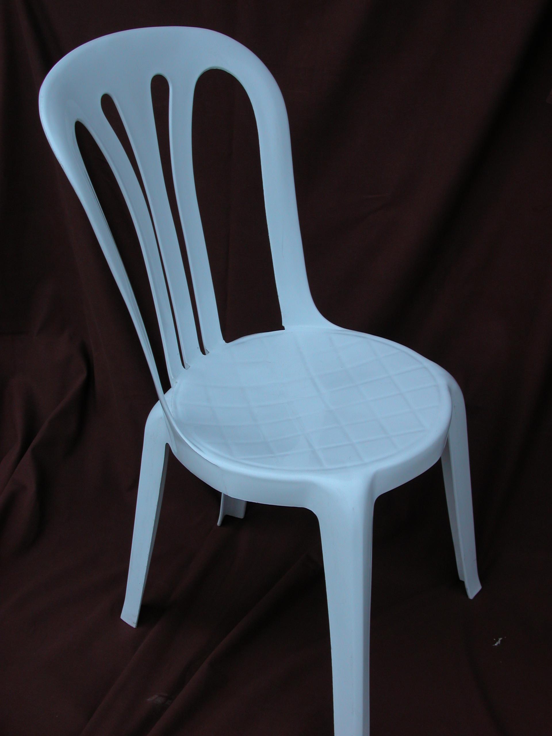 le mobilier chaises steph comminges location. Black Bedroom Furniture Sets. Home Design Ideas